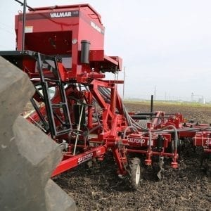 Valmar Fertilizer Applicators 1655
