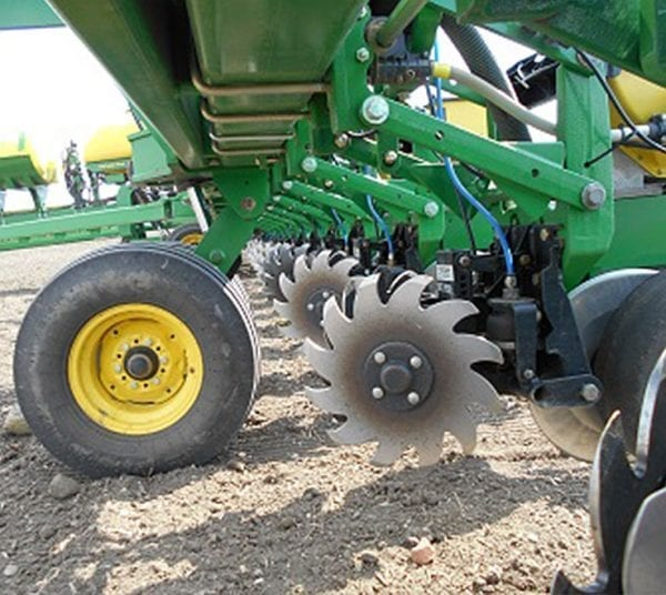 Yetter Air Adjustment Row Cleaners